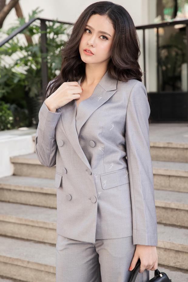 Cách diện vest đồng màu cũng là 1 xu hướng các tín đồ thời trang nhất định không thể bỏ qua trong năm nay.