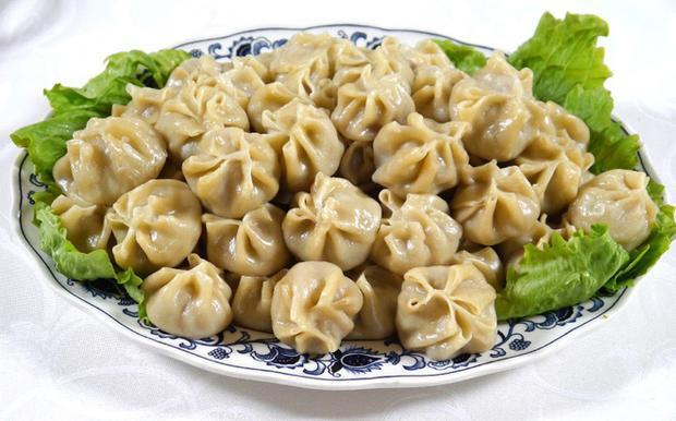 Món sủi cảo buuz của người Mông Cổ, tương tự như sủi cảo của người Trung Quốc. (Ảnh: Internet)