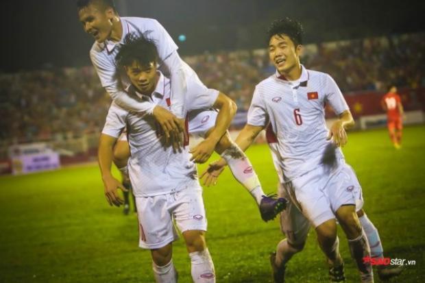 Quang hải mở tỉ số cho U23 Việt Nam.