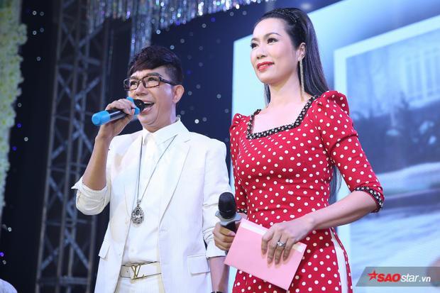 NSƯT Trịnh Kim Chi và nam ca sĩ Long Nhật đảm nhận vai trò MC của buổi tiệc.