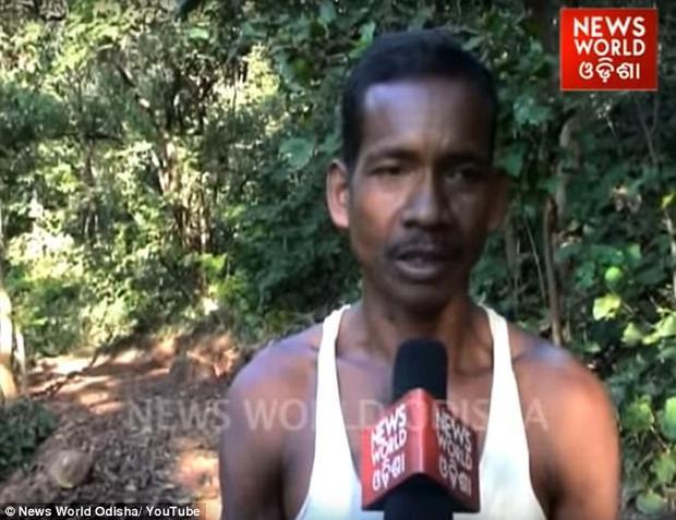 Công sức suốt hai năm đã được đền đáp khi chính quyền địa phương quyết định hoàn thành nốt phần còn lại của con đường và trả lương cho người đàn ông nghèo này.