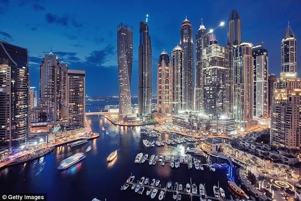 Khung cảnh Dubai về đêm. (Ảnh: Getty)