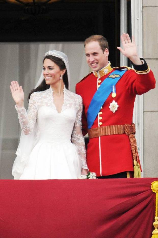 Hai vợ chồng hoàng tử William và công nươngKate Middleton.
