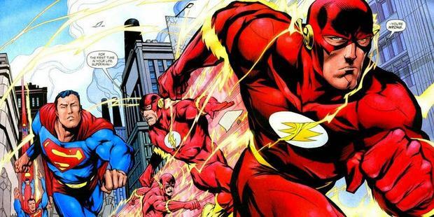 Điểm danh 15 anh hùng DC có khả năng đánh bại Superman