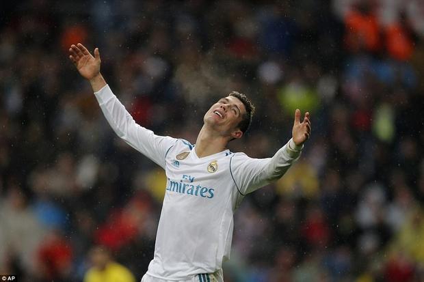 Ronaldo vô duyên đến lạ trong trận thua của Real Madrid.
