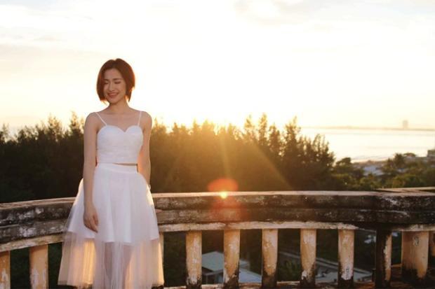 Từ một hiện tượng mạng với những bài hát cover, Hòa Minzy đã tiến các bước xa hơn để trở thành gương mặt trẻ đầy hứa hẹn của Vpop.