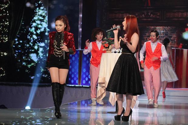 """Màn """"song kiếm hợp bích"""" của 2 quán quân nhỏ tuổi nhất The Voice đã khiến người hâm mộ không khỏi bồi hồi."""