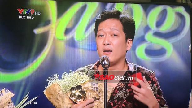 Trường Giang cầu hôn Nhã Phương trên sóng truyền hình.