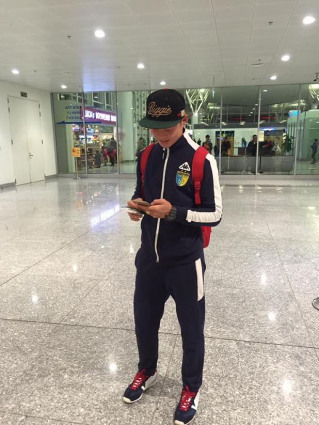 Đỗ Duy Mạnh cũng đang dùng iPhone.