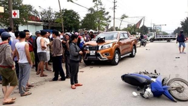 Hiện trường vụ tai nạn khiến 6 người trọng thương. (Ảnh: Dân Việt)