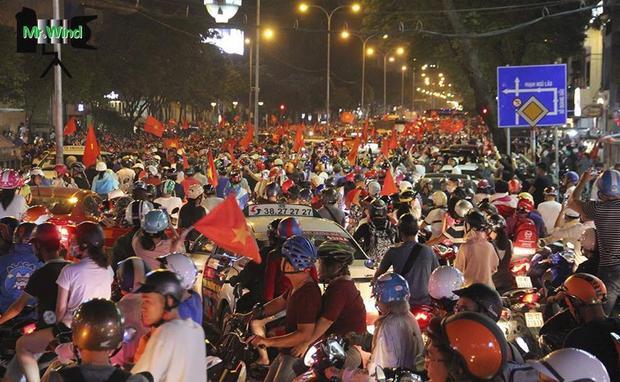 Hàng triệu người hâm mộ đang chờ tin vui từ U23 Việt Nam.