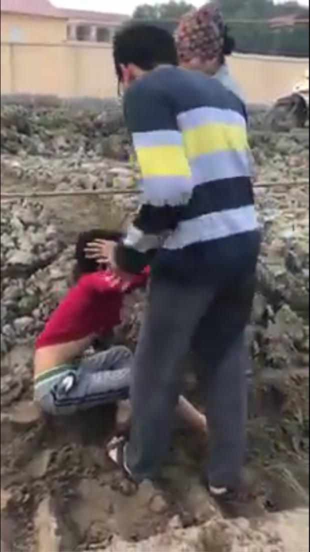 Theo ông Thắng, hành vi đánh bé trai là khó chấp nhận.