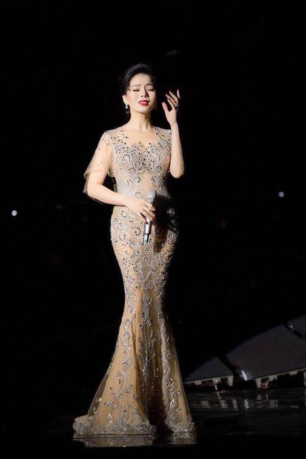 Ngay sau đêm diễn, bên cạnh những lời khen của truyền thông và giới nghệ thuật, không ít người muốn được trực tiếp nghe Lệ Quyên lần đầu hát nhạc Trịnh.