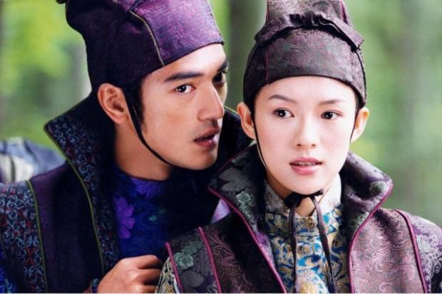 """Nếu nói đến phim điện ảnh Hoa Ngữ, không thể không nhắc tới bộ phim kinh điển """"Thập diện mai phục"""" của cặp đôi Chương Tử Di - Kim Thành Vũ."""