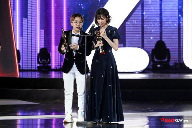 Ôm về đến 3 giải thưởng, vượt qua nhiều tên tuổi lớn, loạt sản phẩm hit, Min cùngCó em chờ, Ghenđã làm nên một đêm khó quên.