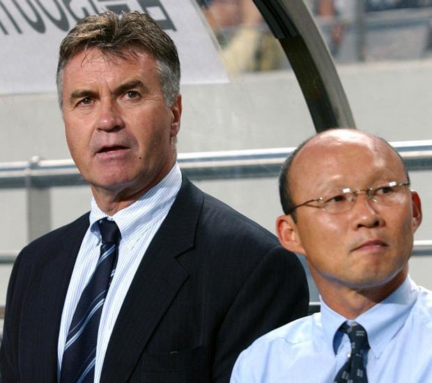 HLV Park Hang Seo (phải) từng làm trợ lý cho Guus Hiddink ở ĐT Hàn Quốc.