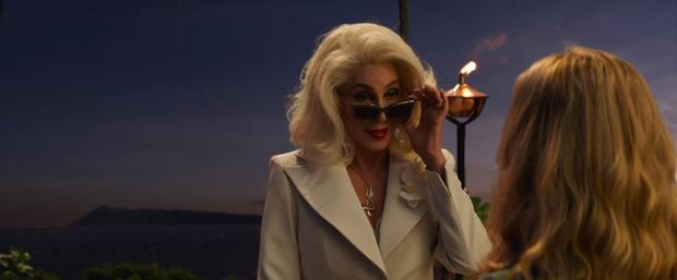 Cher trong vai Ruby Sheridan.