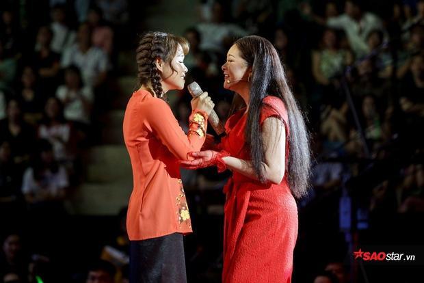 Yuuki Ánh Bùi là thành viên đầu tiên trong đội HLV Như Quỳnh.