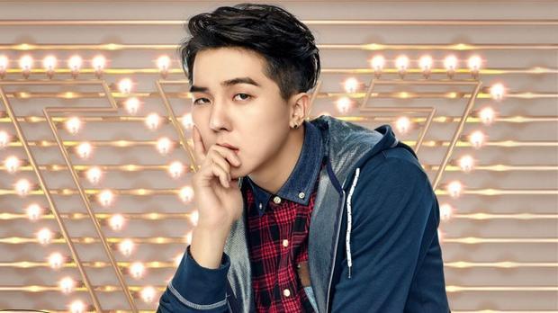 Hành động bị cho là xúc phạm tới thành viên nhóm nhạc nam Winner.