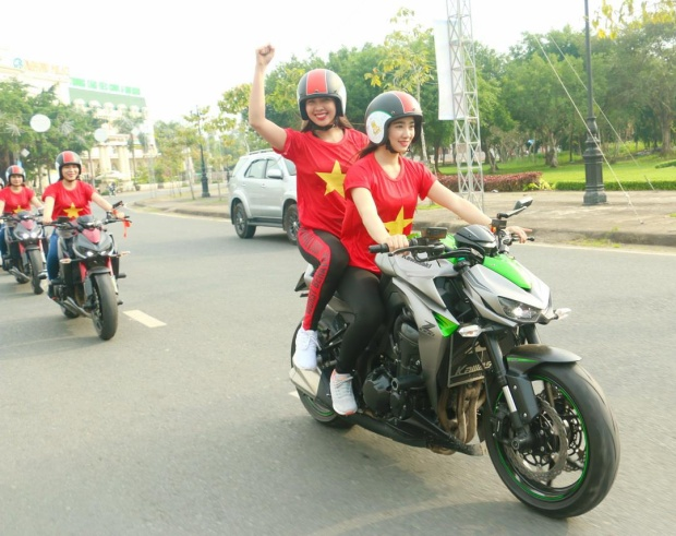 """Tất cả hứa hẹn sẽ """"thắp lửa"""" tại Cần Thơ vào chiều nay. Bên cạnh đó, người hâm mộ Tây Đô cũng đang rất háo hức chờ trận chung kết của U23 Việt Nam."""