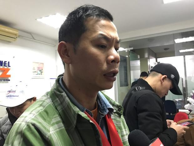 Anh Tùng cũng vô cùng bức xúc vì không thể sang cổ vũ cho đội tuyển U23 Việt Nam.