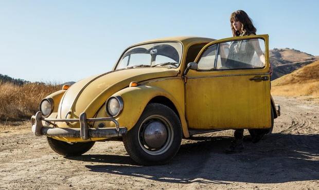 Hình ảnh đầu tiên của Hailee Steinfeld trongBumblebee.