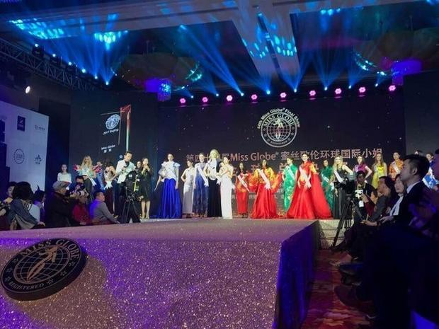 Chủ nhân của chiếc vương miện Miss Globe 2018 thuộc về đại diện đến từ Canada Kara Granger. Á hậu 1 thuộc về hoa hậu nước chủ nhà Trung Quốc, Á hậu 2 là người đẹp đến từ Mỹ.