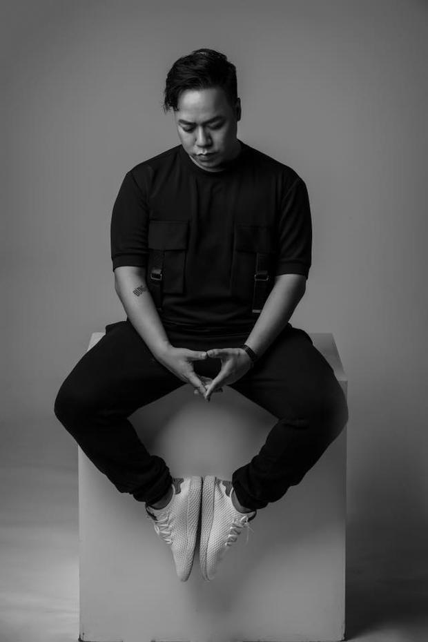 MC/biên tập viên/nhà văn Tùng Leo.