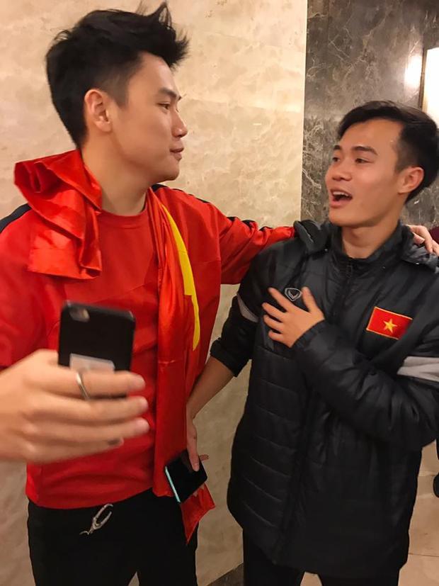 Tùng Sơn và Văn Toàn.
