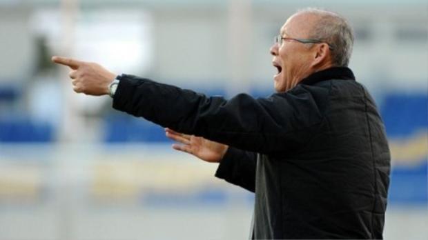 HLV Park Hang Seo: Người hâm mộ đừng ảo tưởng rằng bóng đá Việt Nam đã vươn tầm châu lục