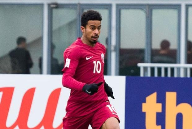 Tiền vệ trung tâm: Akram Afif (U23 Qatar). Sở hữu tốc độ cùng lối chơi lắt léo, Afif đã không ít lần khiến hàng phòng ngự đối phương phải chao đảo. Ở giải đấu vừa qua, anh đóng góp 3 pha làm bàn cho U23 Qatar.