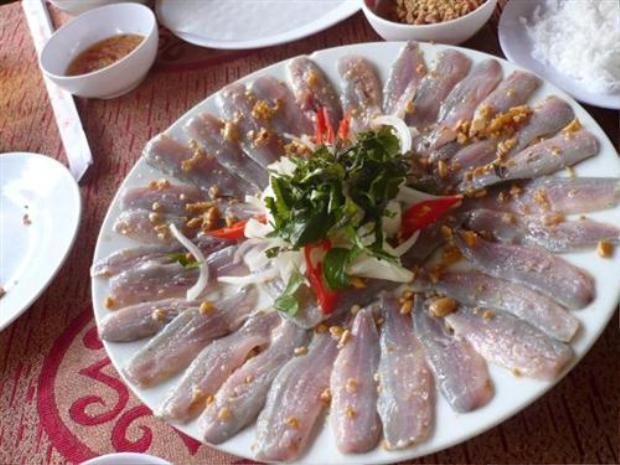 Món gỏi cá bỗng lạ miệng nhưng vô cùng độc đáo của Tuyên Quang.