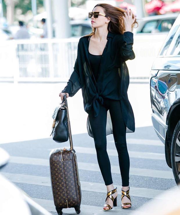Hà Hồ diện leggings không kém cạnh các siêu mẫu quốc tế.