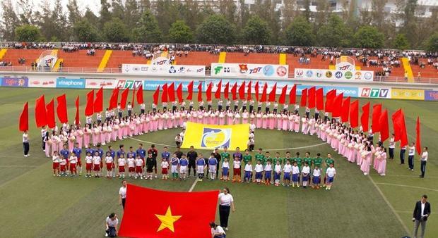 Lễ bế mạc giải bóng đá sinh viên.