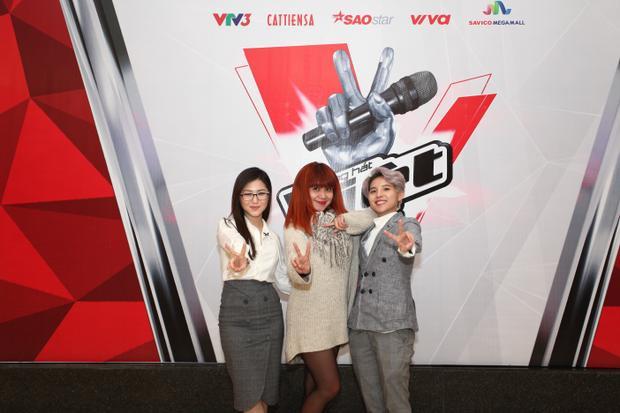 Hương Tràm, Vũ Cát Tường bất ngờ xuất hiện tại vòng sơ tuyển The Voice 2018