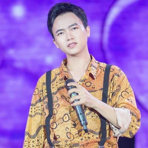 """MV chính thức sẽ lên sóng vào ngày 2/2 tới đây, đánh dấu màn comeback hoành tráng của Bùi Công Nam sau thời gian """"mai danh ẩn tích""""."""