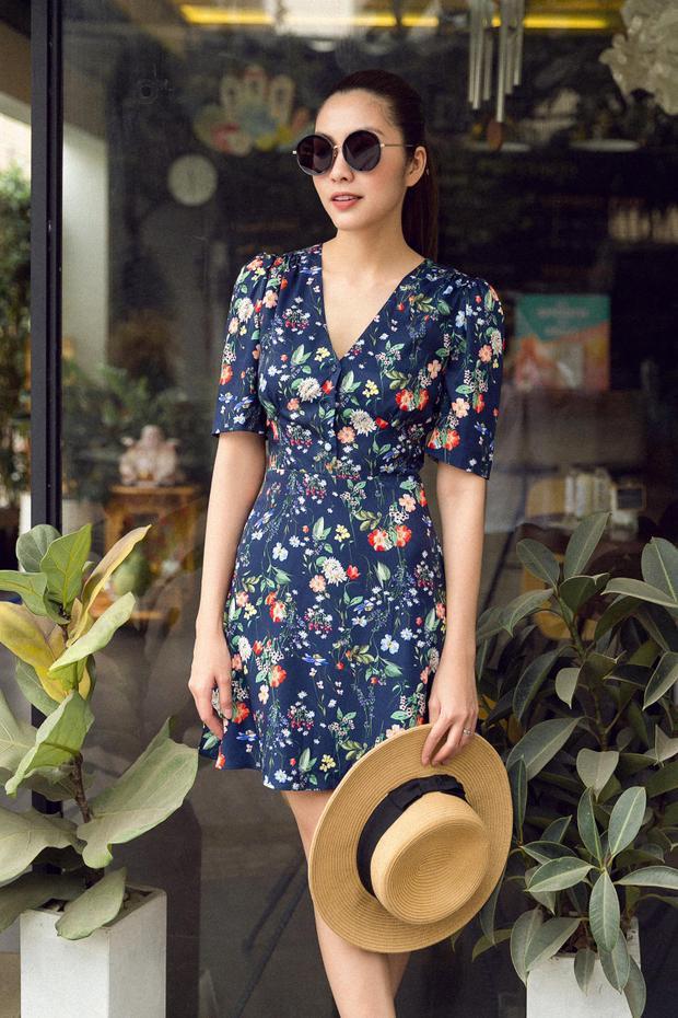 Hiện tại, thương hiệu thời trang của nữ diễn viên sinh năm 1986 đang rất phát triển và được nhiều nghệ sĩ, khách hàng trong, ngoài nước tin tưởng lựa chọn.