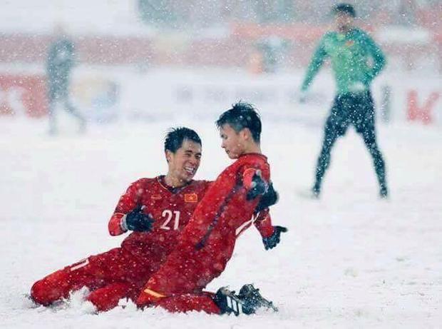Các cầu thủ U23 Việt Nam thi đấu quả cảm tại VCK U23 châu Á.