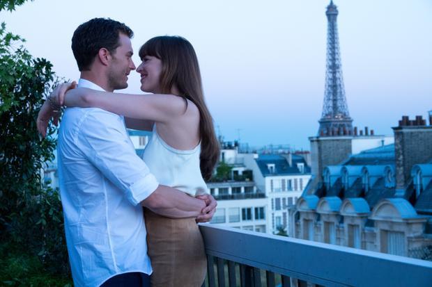Tuần trăng mật không thể tuyệt vời của cặp đôi tại nơi trời Âu thơ mộng
