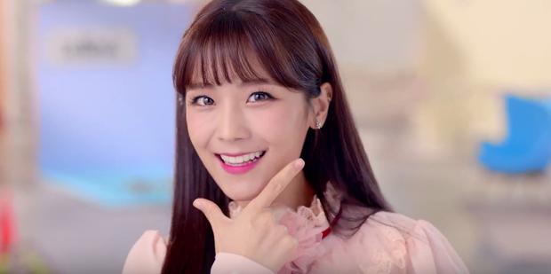 Cô vợ trẻ trung, xinh đẹp sinh năm 1991 của Moon Hee Jun. Ảnh: Asian Junki