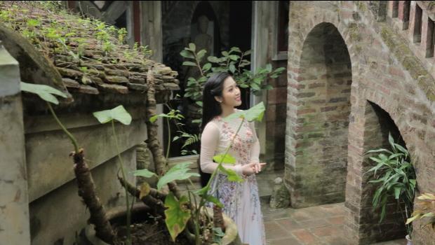 Quán quân Thần tượng Bolero Hellen Thủy làm nàng xuân dịu dàng trong MV đầu tay
