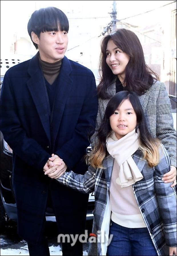 Gia đình nhà rapper Tablo.