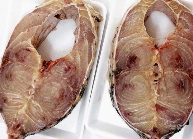 Thịt cá chào sóc nổi tiếng thơm ngon. Ảnh: Vietnamnet.