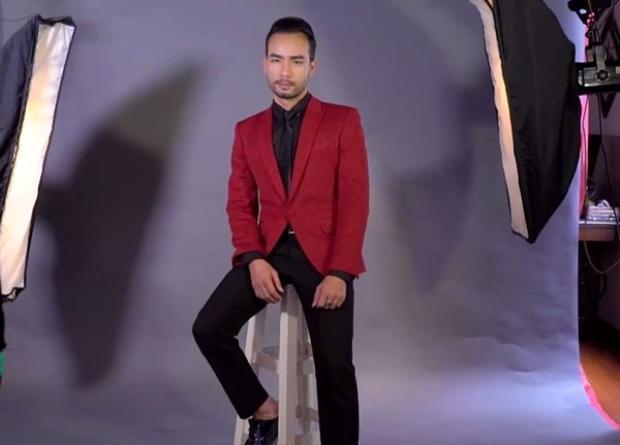 Kevin Chính thường xuyên nhận được lời mời chụp ảnh lookbook thời trang quý ông.