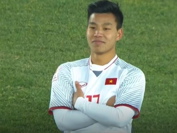 Vũ Văn Thanh có kiểu ăn mừng gây sốt cho người hâm mộ ở VCK U23 châu Á 2018.