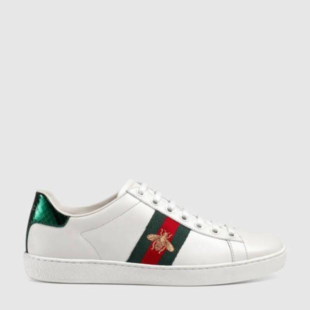 Đôi sneaker nổi bật có thiết kế phù hợp với cả nam và nữ của Gucci có mức giá từ 13,5 triệu đồng cho đến 15,7 triệu đồng, tùy vào họa tiết được thêu.