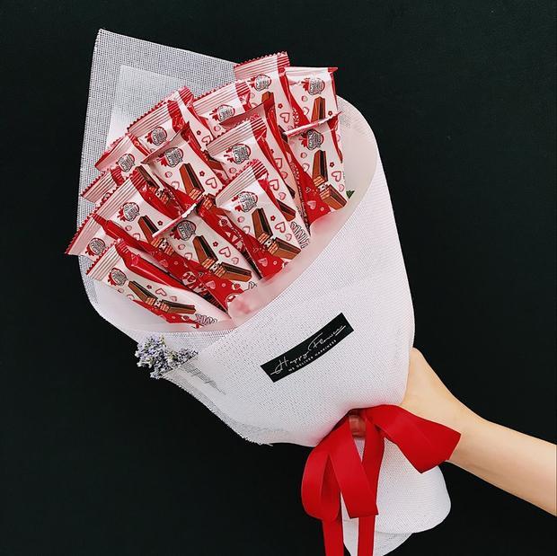 """Vừa """"làm đẹp cho đời"""", bó hoa này còn có thể ăn được."""