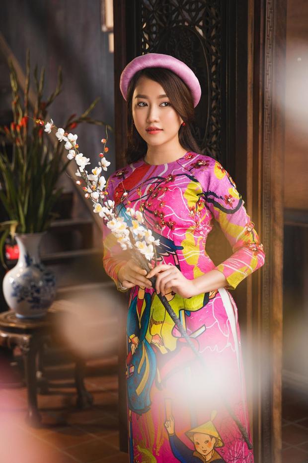 Huỳnh Hồng Loan sở hữu gương mặt xinh đẹp, thanh thoát và vô cùng ngọt ngào. Đây cũng chính là dấu ấn khiến cô thu hút và được công chúng yêu mến.