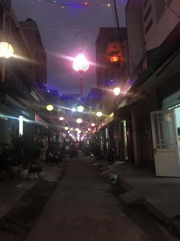 """""""Ngõ sau nhà mình giống như Hội An thứ 2 vậy"""", tài khoản Nguyễn Thị Ngọc Anh chia sẻ."""