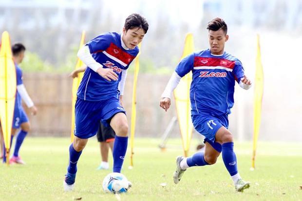 Xuân Trường và Văn Thanh (phải) đều đứng trước cơ hội ra nước ngoài thi đấu trong năm 2018.
